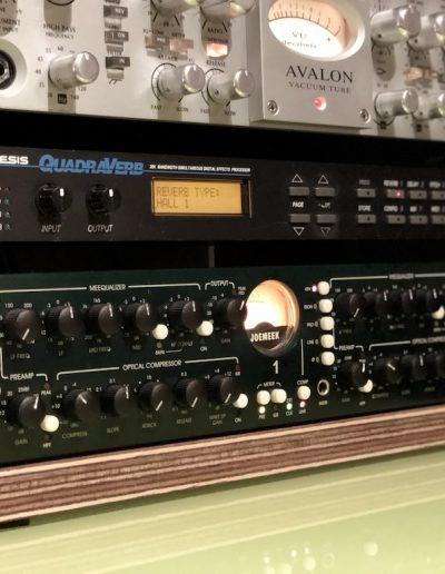 Avalon 737 SP Pre Amp - Dual Studio Channel Joemeek TwinQ